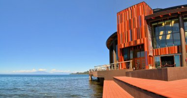 Lake Theater with volcano Osorno in Patagonia