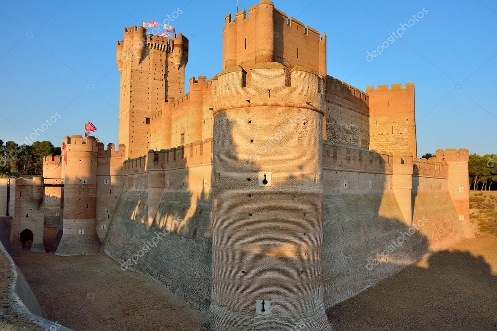 メディナ ・ デル ・ カンポ城。...
