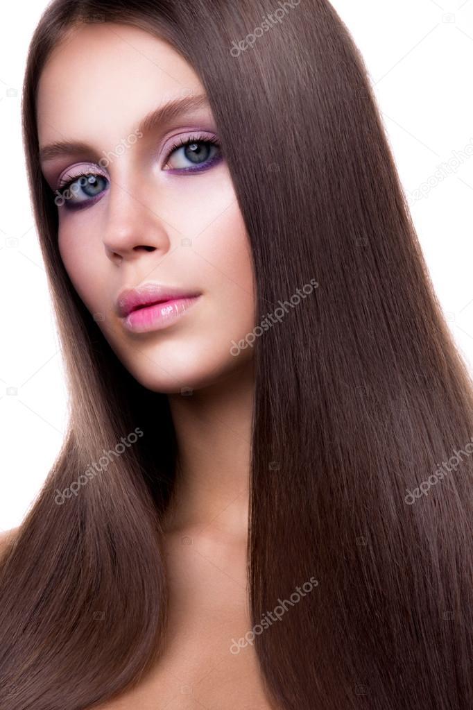 Braune glatte haare