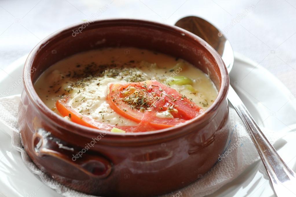 Bouyiourdi ap ritif chaud avec fromage feta et les tomates cuisine grecque traditionnelle - Cuisine grecque traditionnelle ...