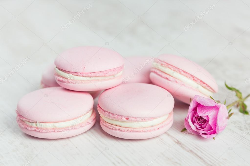 macarons roses pastels avec des focus s lectif de couleur rose pastel photographie. Black Bedroom Furniture Sets. Home Design Ideas