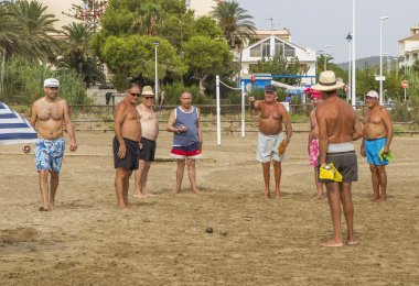 the conquest of unrated games bocce among families Alcossebre, re