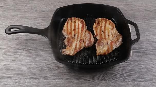 Barbecue omáčka na t-bone steak