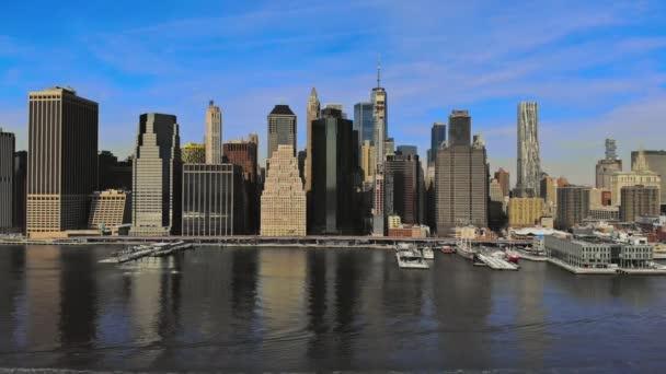 Krásná Amerika leteckého pohledu na panorama New York City Manhattan s mrakodrapy nad řekou Hudson