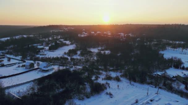 Zimní les strom sníh západ slunce na panorama pohled