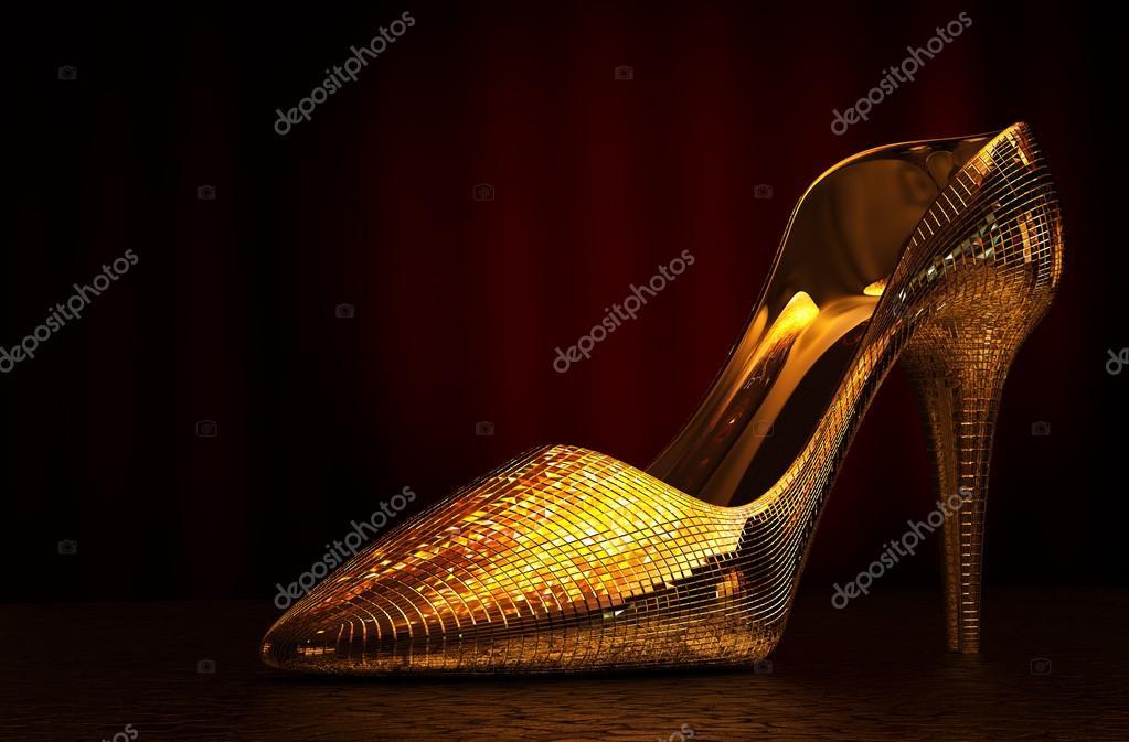 zapato de vidrio la mujer — Fotos de Stock © tongdang  90577044 d756e3b447bd