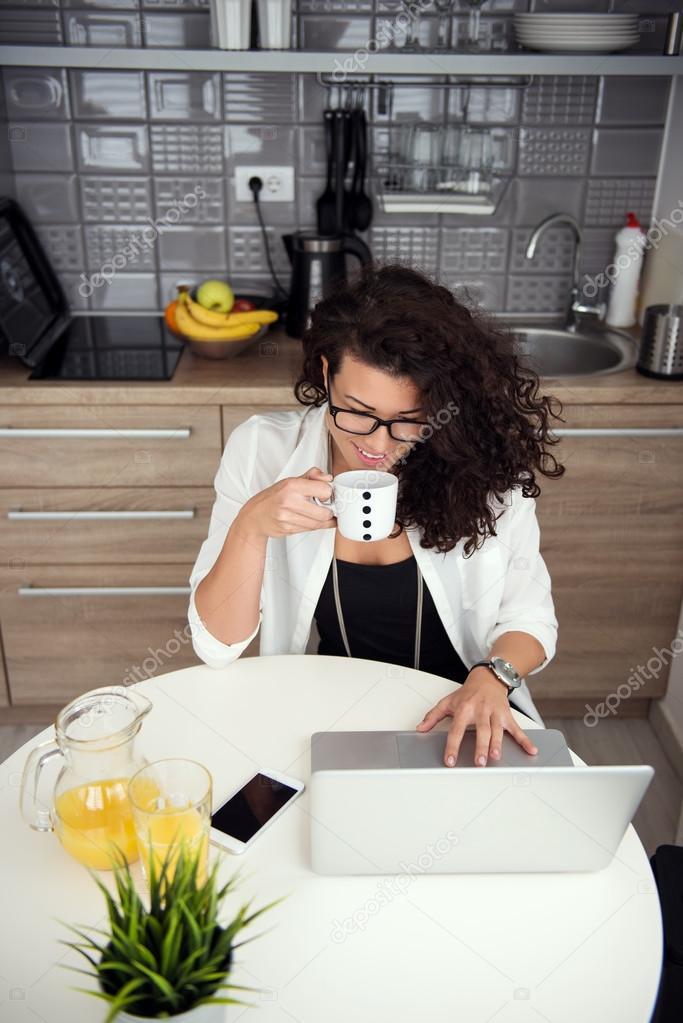 Werken vanuit huis? Zo blijf je gefocust