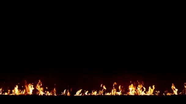 Tűz a fekete háttér, a középpontban. Hosszú skyline. Nyers videofelvétel