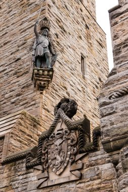 William Wallace statue and coat of arms at The National Wallace
