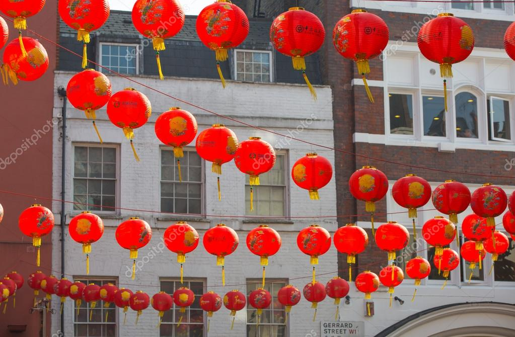 Decorazioni Con Lanterne Cinesi : China town è decorato con lanterne cinesi londra regno unito
