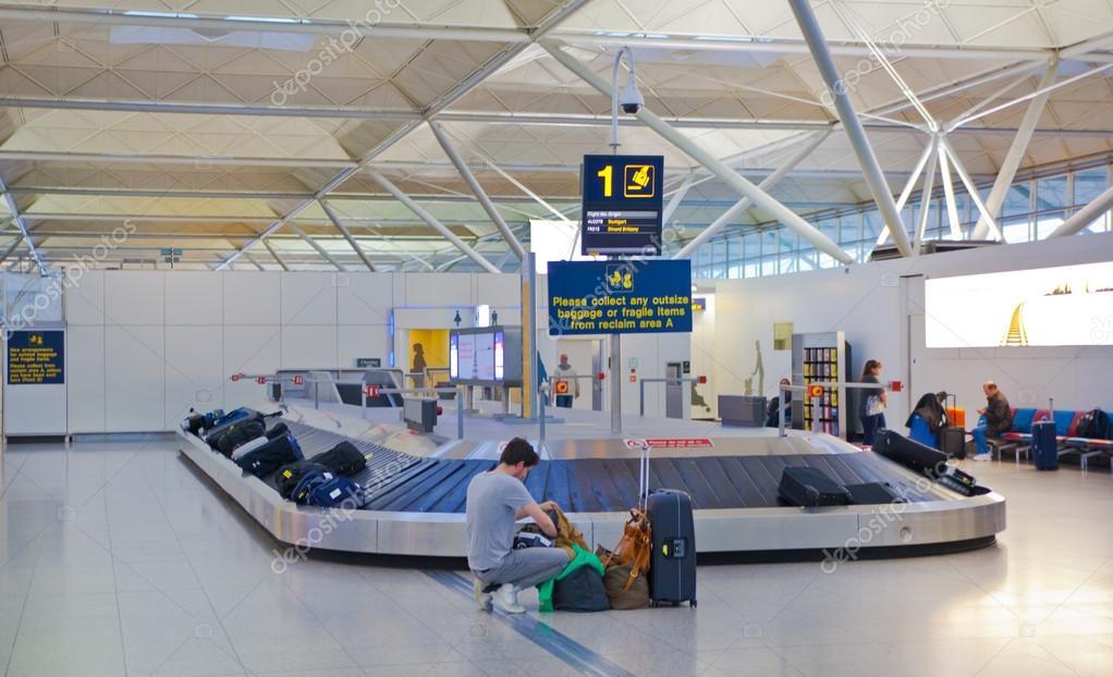 Londra regno unito maggio aeroporto di stansted area