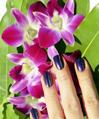 bright colored photo of fingernails