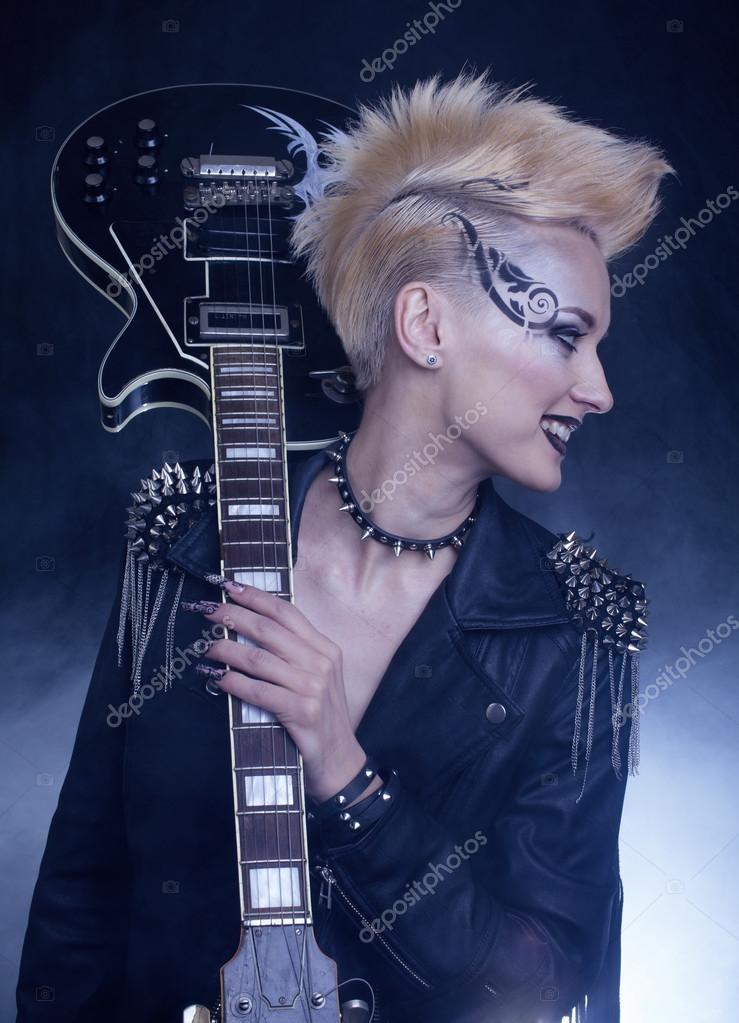 Mode Rocker Style Modell Madchen Portrait Frisur Punk Frau Make Up