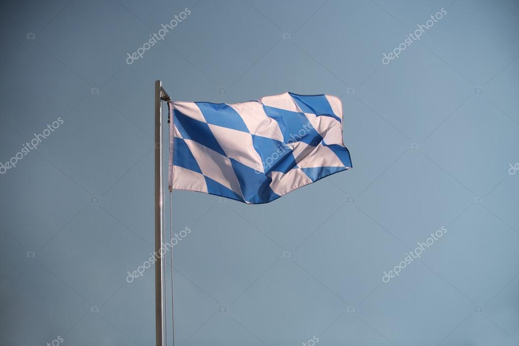 Баварский флаг — Стоковое фото © kb-photodesign #82615962  Баварский Флаг