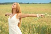 freie glückliche Frau