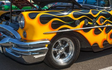 1955 Buick front view.