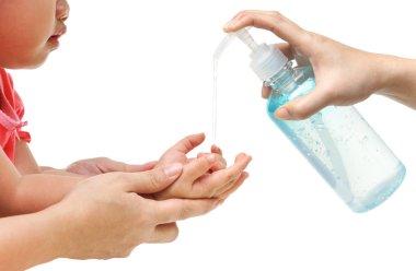 Applying cleaning gel