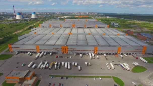 Letecký pohled na distribuční centrum