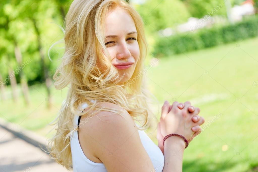 Blonde cute facial