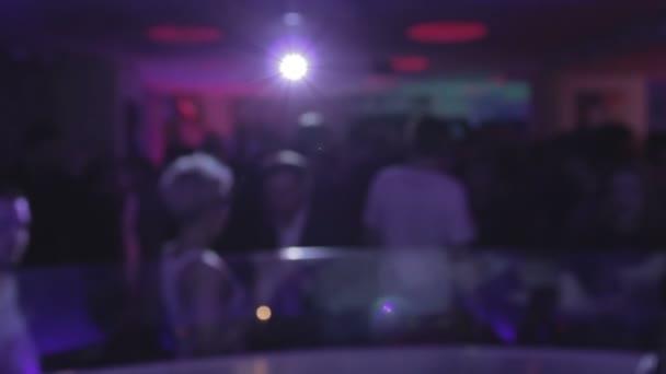 Жизнь ночного клуба видео стрип клубы в казани