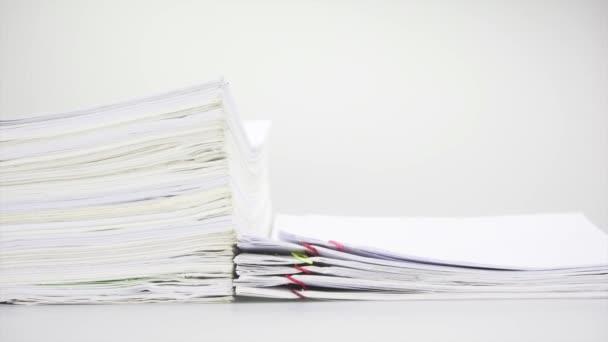 Listu a krok přetěžovat starých papírování časová prodleva