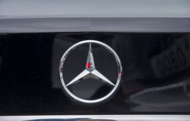 Logo of mercedes