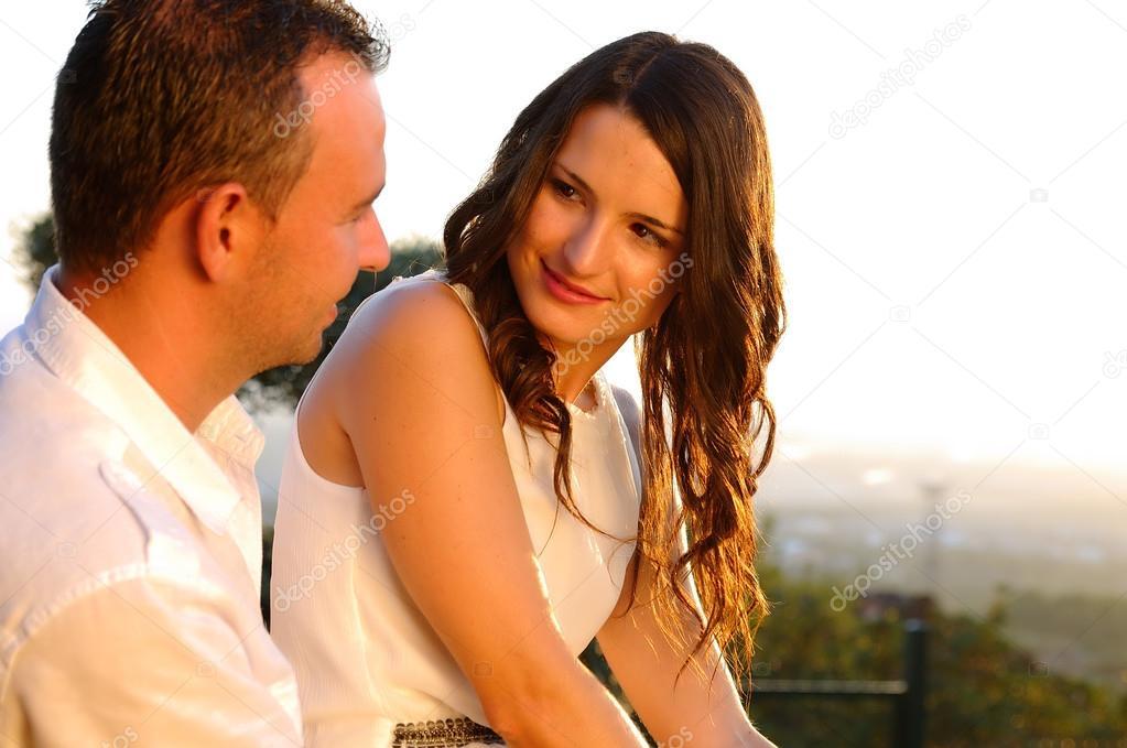 би знакомства мужчины семейные и пары