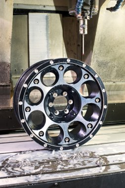 Car alloy black new rim mold in milling and lathe machine.