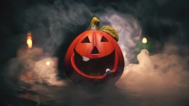 Narancs halloween tök rejtélyesen fújt fehér füst