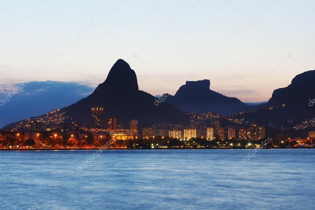 Sunset Lagoon Rodrigo de Freitas (Lagoa), mountains, Rio de Janeiro