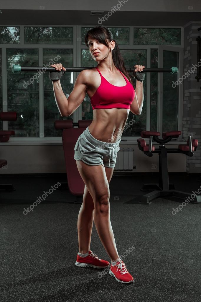 Fille Fitness Photo fille fitness sport magnifique avec un haltère — photographie