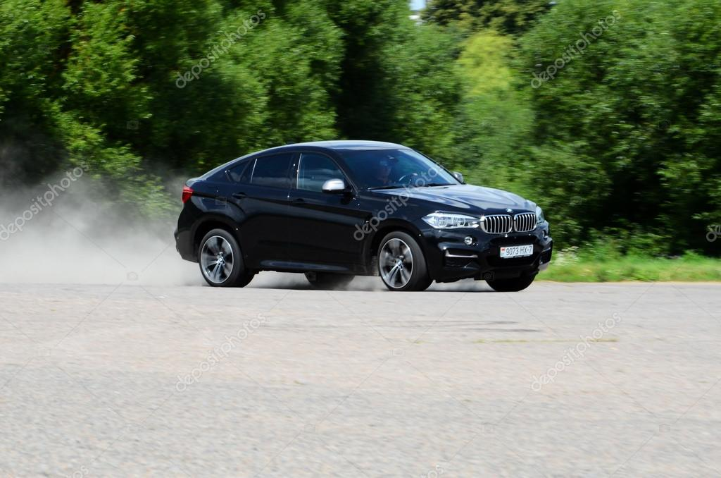 BMW X6 M50d at the test drive