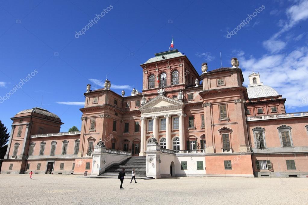 イタリアのラッコニージ城 - ス...