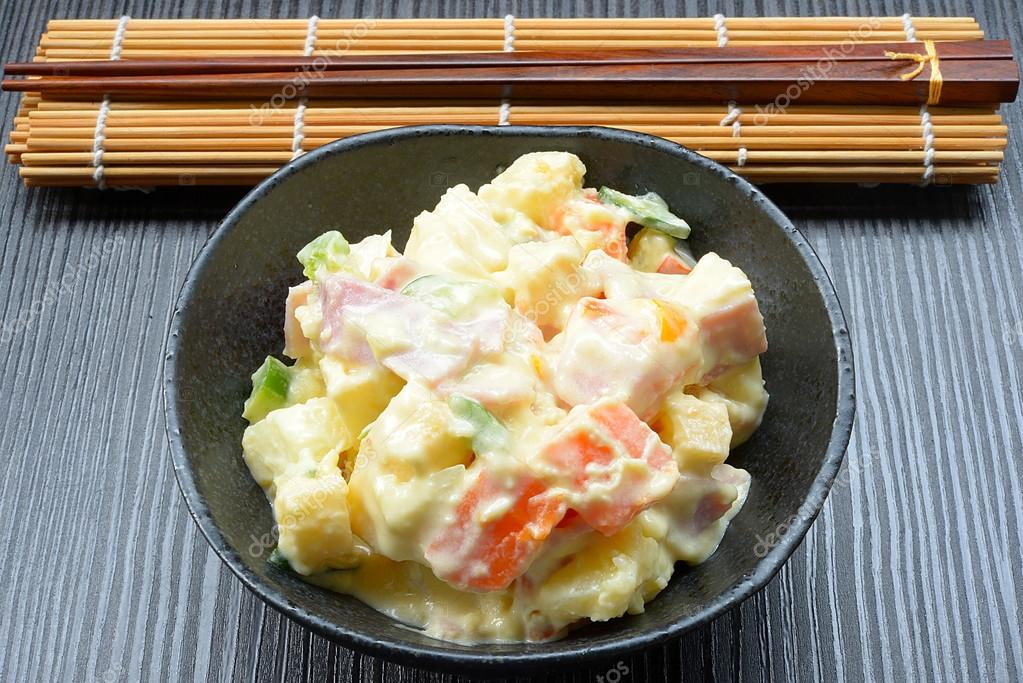 https://st2.depositphotos.com/3042873/10970/i/950/depositphotos_109707864-stock-photo-delicious-japanese-potato-salad.jpg