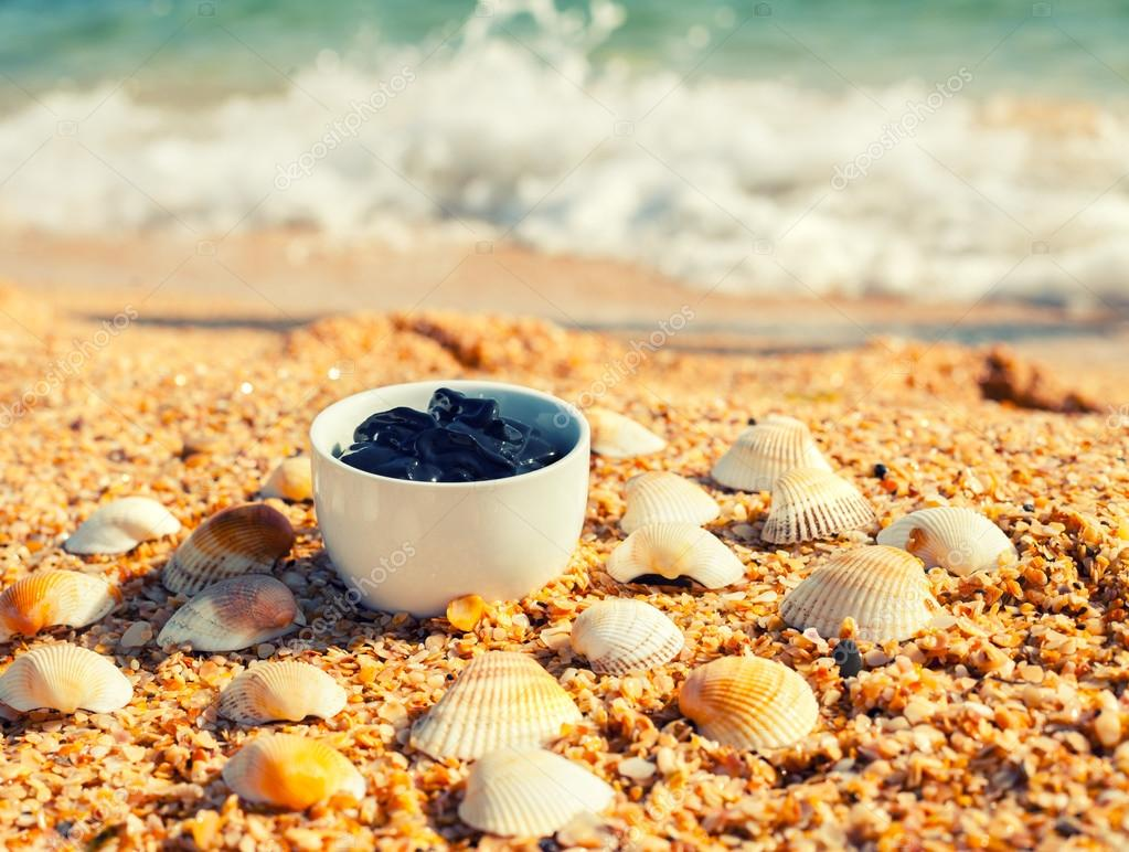 Dead sea mud in a cup