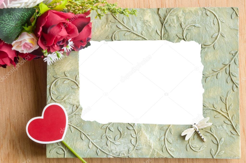 Leere Bilderrahmen und rote rose — Stockfoto © gamjai #79698834
