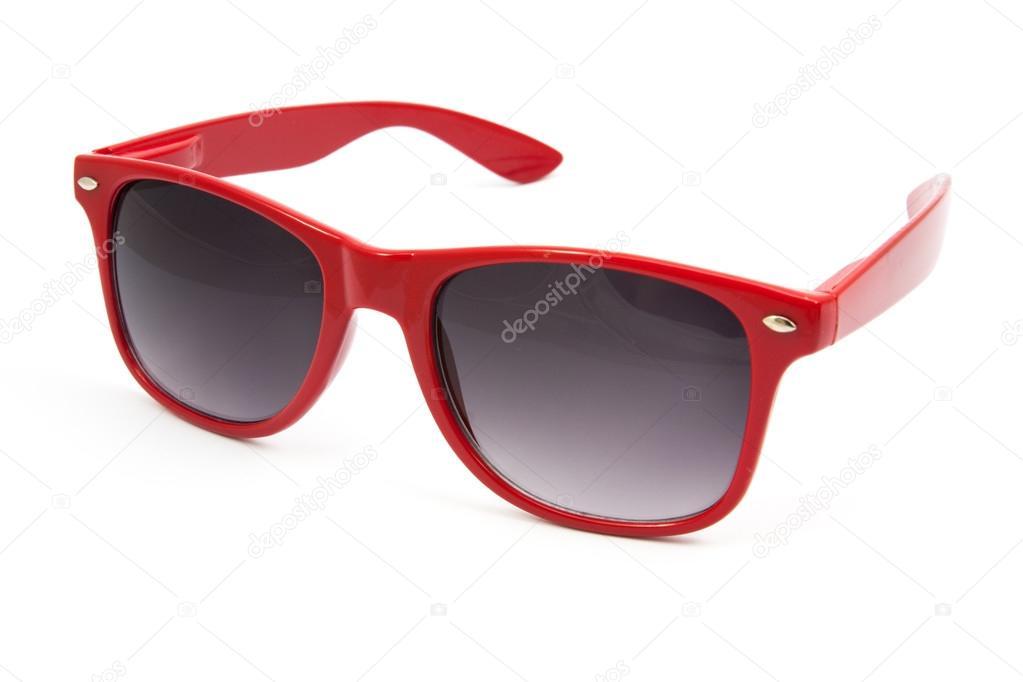 16703d549f κόκκινα γυαλιά ηλίου σε άσπρο φόντο — Φωτογραφία Αρχείου © onairjiw ...