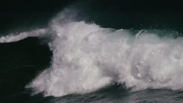 1080p, obrovské vlny na hawaii