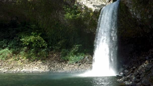 Vodopád, Ile de la Réunion