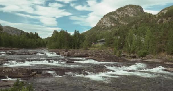 4K, Torpovegen River, Norway