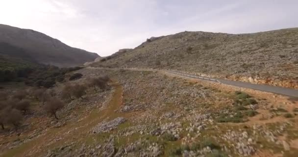 4 k antény, letu nad kamenité pole a planinách, Andalusie, Španělsko