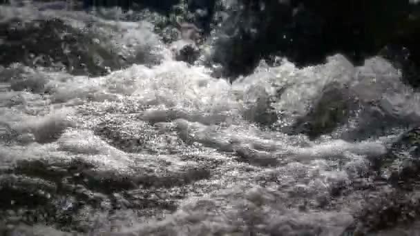 řeka rychle Zpomalený pohyb