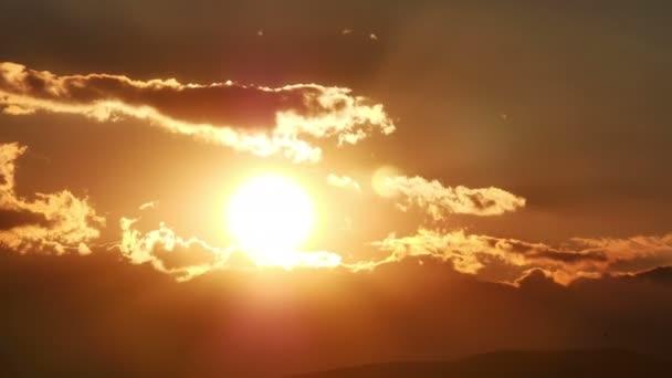 Západ slunce časová prodleva 4l