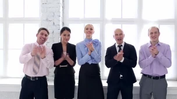 Vítá vás náš obchodní tým