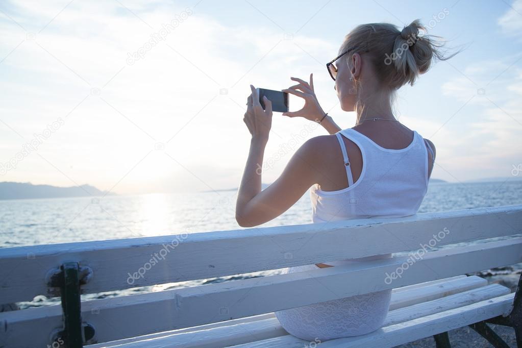Фото блондинок оголених скачати на мобільний фото 222-563