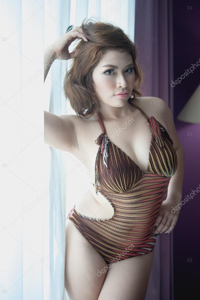 Thai girls in lingerie