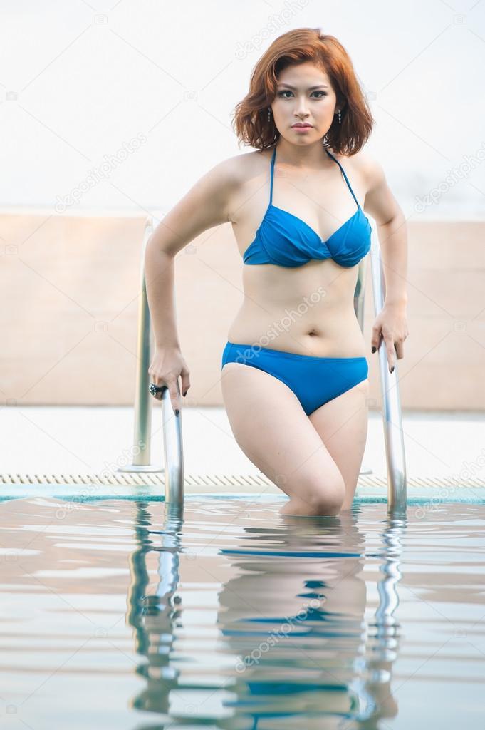Asian bikini model pics post