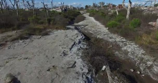 Drone scéně ze zničeného města přírodní katastrofu