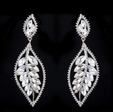 Pear Diamonds Earrings