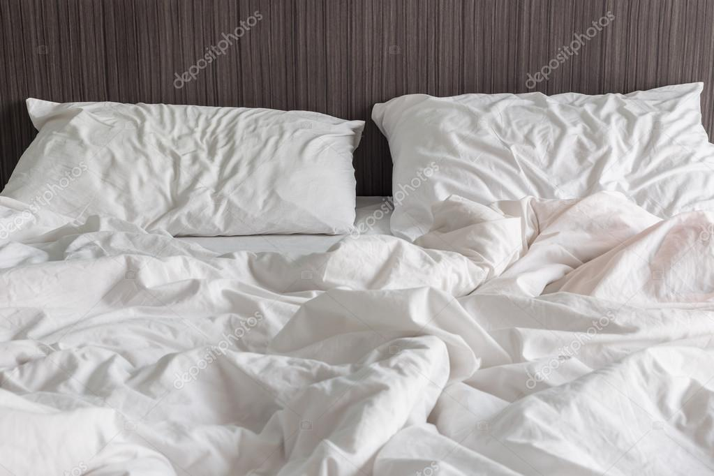 Close Up White Bedding Sheets And Pillow, Messy Bed Concept U2014 Photo By  PhanuwatNandee